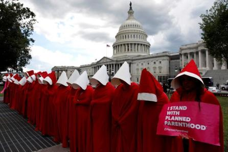 handmaids-tale-protests